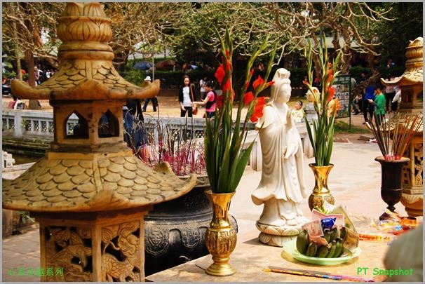 一柱寺观音雕像