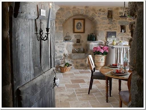 Case Di Campagna In Pietra : Una bella casa in pietra nella campagna francese living room
