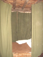 Plimoth Plant another bed w curtains for privacy and warmth