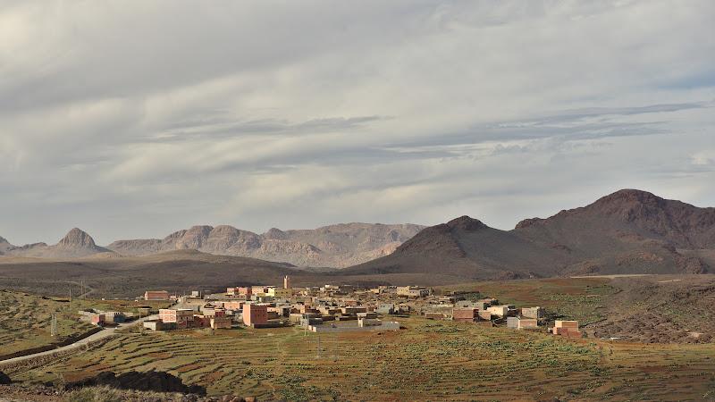 Norii purtati de vant dinspre Sahara.