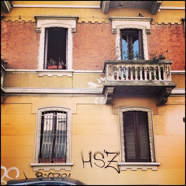 Tagging in Milan