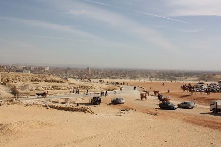 Imagini Egipt: Cairo vazut de pe platoul Giza