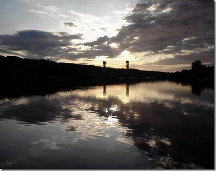 hou_portage_river_bridge_am