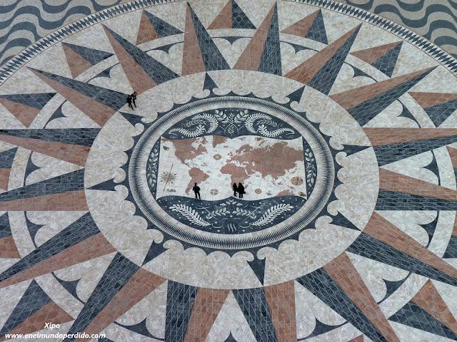 mosaico-monumento-descubridores.JPG