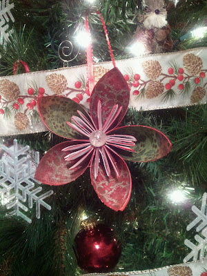 paper flowers ornaments, paper flower tutorial