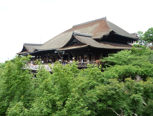 japão - kiomizudera templo -kyoto . Gloria Ishizaka