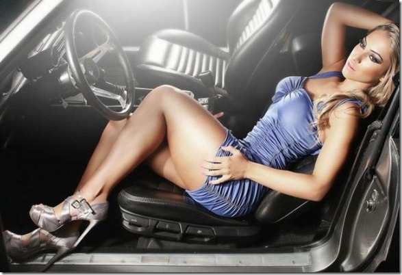 cars-women-hot-39