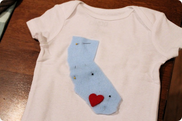 easy diy onesie for baby shower