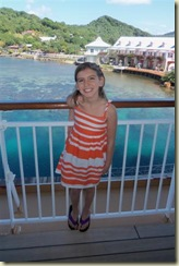 Amelia and Roatan (Small)
