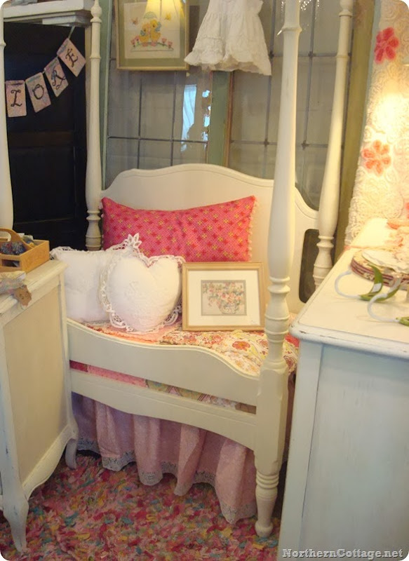 custom chalk paint bed with {Northern Cottage} bedding! - Copy