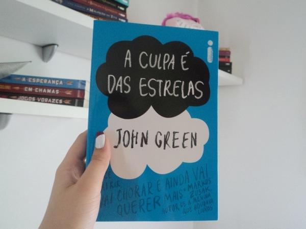 a culpa é das estrelas, sou o mensageiro, livros, precisamos falar sobre kelvin, saraiva, blog, resenha, postman, correio, o céu está em todo o lugar, anna e o beijo frances