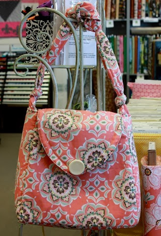 bag using Valencia fabric