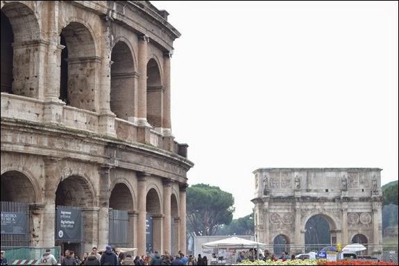 Coliseo y Arco de Constatino (Roma)