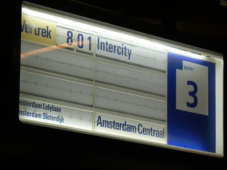 Gara aeroport Schiphol - directia spre Amsterdam