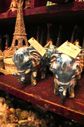 Regal blue elephants next to a mini-Eiffel Tower. Et voila!