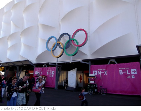 'London 2012 Olympics 043 Basketball Arena' photo (c) 2012, DAVID HOLT - license: http://creativecommons.org/licenses/by-sa/2.0/