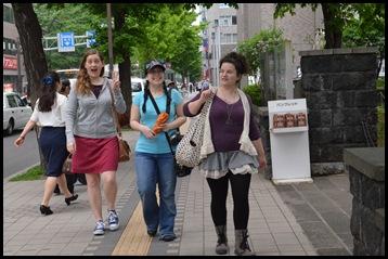 2011-06-11 Yosokoi 003