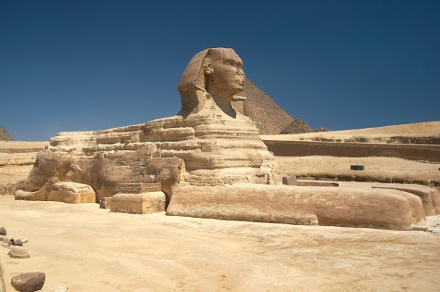 [Great_Sphinx_of_Giza_%255B4%255D.jpg]