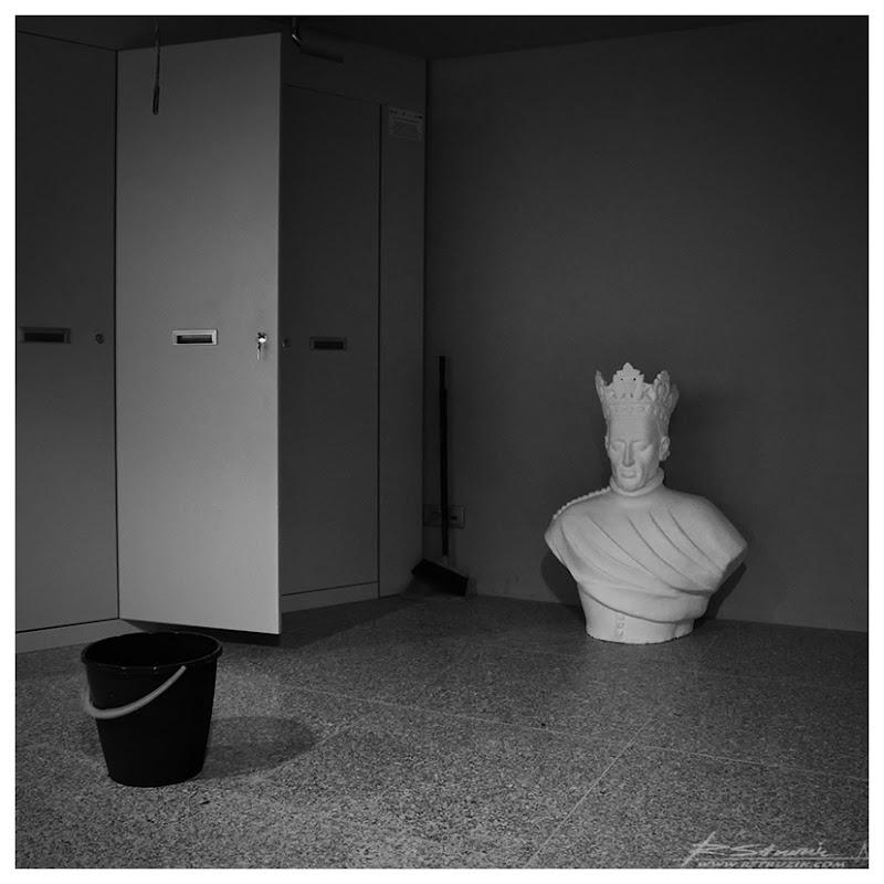 Grunwald, muzeum. Król wyszedł z szafy.