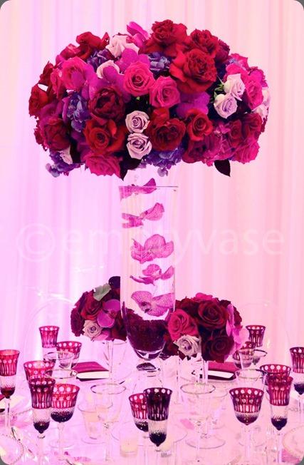548756_455590967836108_697002130_n empty vase