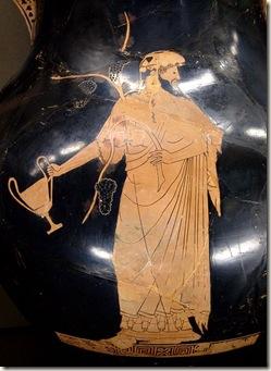 429px-Dionysos_kantharos_Louvre_CA2981-2984