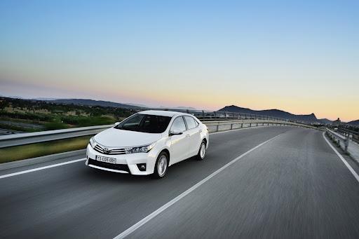 2014-Toyota-Corolla-58.jpg