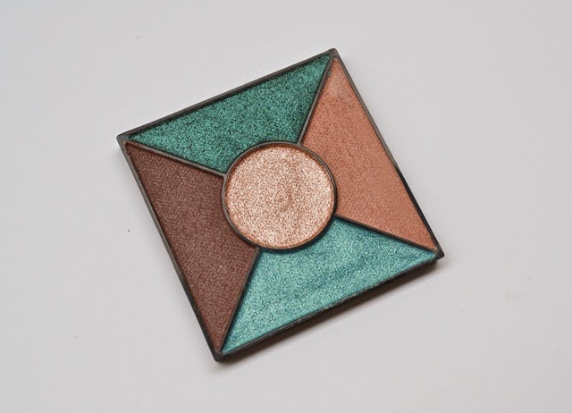Mary Kay Emerald Noir Palette (3)