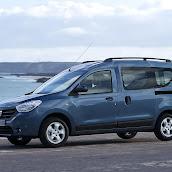 2013-Dacia-Dokker-Official-69.jpg