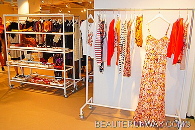 H&M Singapore Autumn Winter 2011 Maxi dress jackets cridign and tshirt