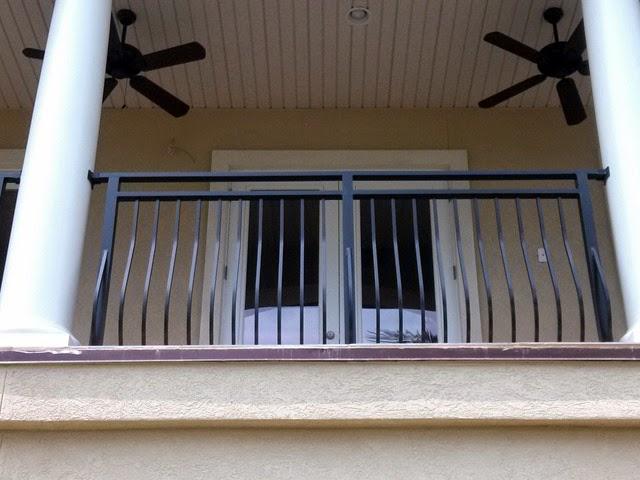 [Bellowed-Balcony-Rail-with-custom-slide-collars%255B3%255D.jpg]