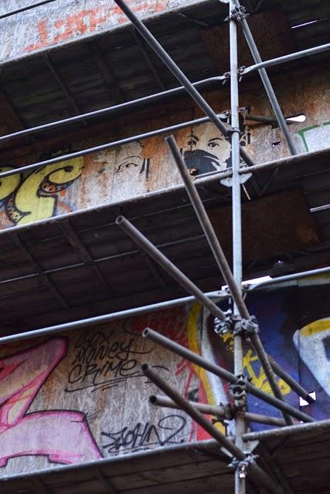 Scaffolding graff