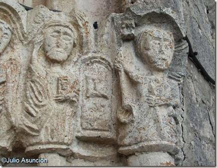 San Vicente de Larumbe - PUERTA DEL CIELO Y APOSTOLES