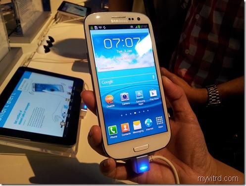 Pelancaran Samsung Galaxy SIII 6