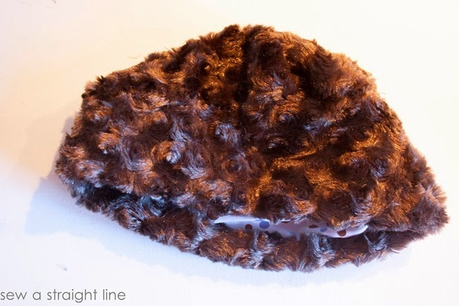 all dressed up winter hat and handwarmer sew a straight line-14