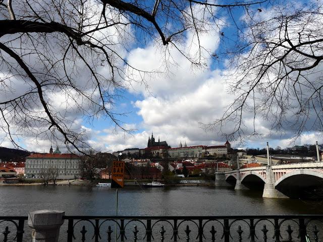 "Taken at Latitude/Longitude:50.089037/14.413970. 0.50 km West Star?M?sto Hlavn?Mesto Praha Czech Republic <a href=""http://www.geonames.org/maps/google_50.089037_14.413970.html""> (Map link)</a>"