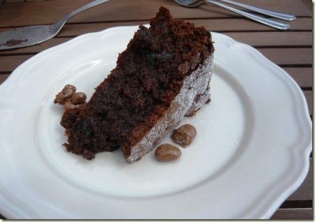prune cake9b
