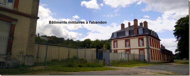 bâtiments militaires Fontainebleau-005