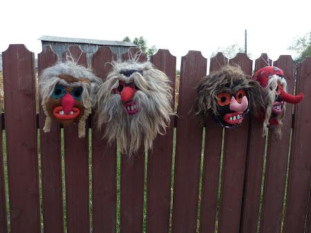 Traditii romanesti: masti traditionale Neamt
