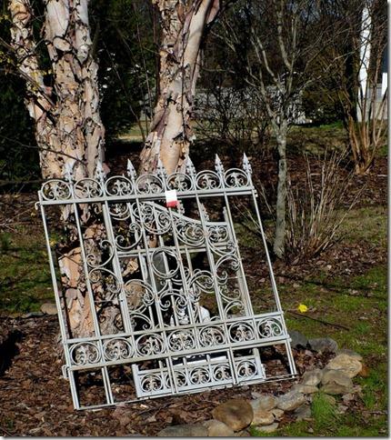 iron-gate-604x680