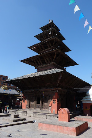 Pagoda 5 etaje din Patan