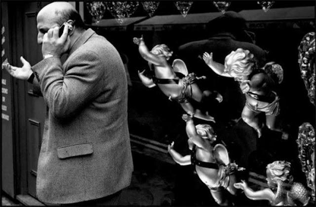 Matt Stuart, Мэтт Стюард, британский фотограф, жанровая фотография, уличная фотография