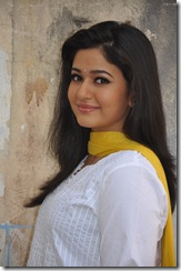 poonam bajwa side view