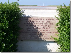 2012.08.10-015 monument Nungesser et Coli