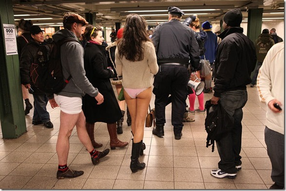 no-pants-subway-13