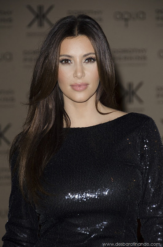 kim-kardashian-linda-sensual-sexy-sedutora-boob-peitos-decote-ass-bunda-gostosa-desbaratinando-sexta-proibida (63)