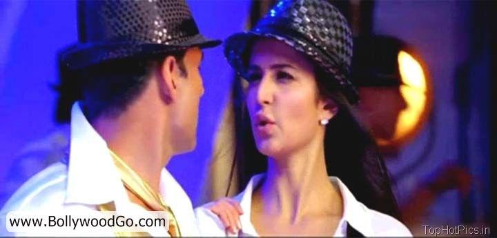 Katrina Kaif Hot Pics Shelia ki Jawani Dance 10