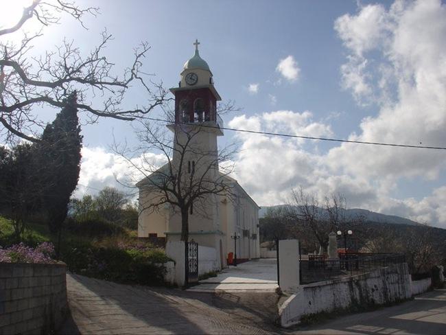Πανηγυρική θεία λειτουργία της Αγ. Παρασκευής στο Νιπολά (26-7-2012)