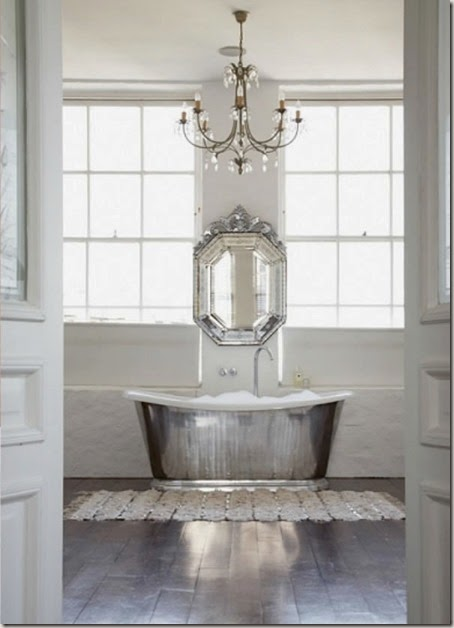 penny-wincer-graphy-silver-white-bathroom-inspiration