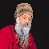 13.Waves Of Love - osho398.JPG
