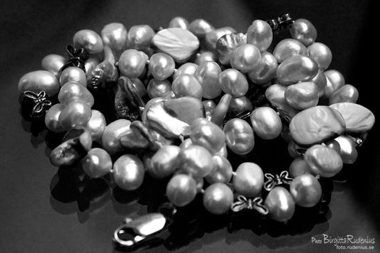 bw_20110910_pearls1